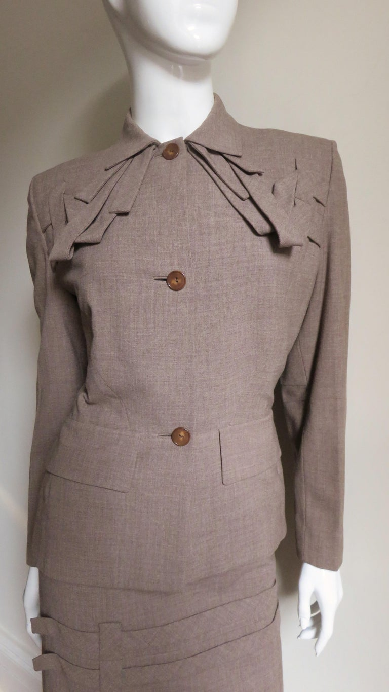 1940s Adrian Detail Skirt Suit In Good Condition For Sale In New York, NY
