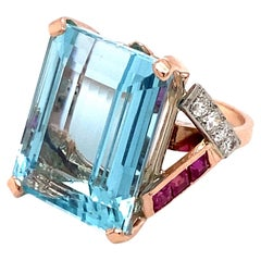 1940s Aquamarine Ring with Rubies and Diamonds in 14K Rose Gold