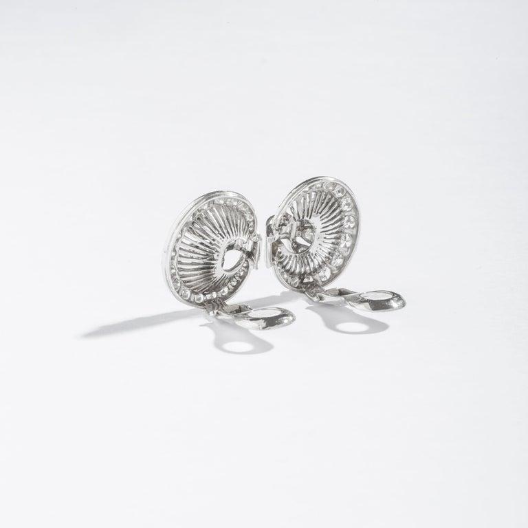Pear Cut 1940S Art Deco Diamond and Platinum Ear Clips Earrings For Sale