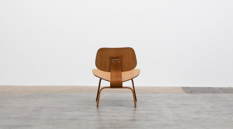 20th Century 1940s Ash Plywood LCW Chair by Charles & Ray Eames