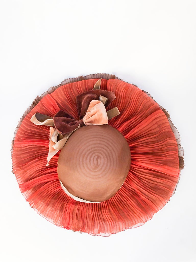 1940s Autumn-toned Horsehair Wide-Brimmed Hat For Sale 2