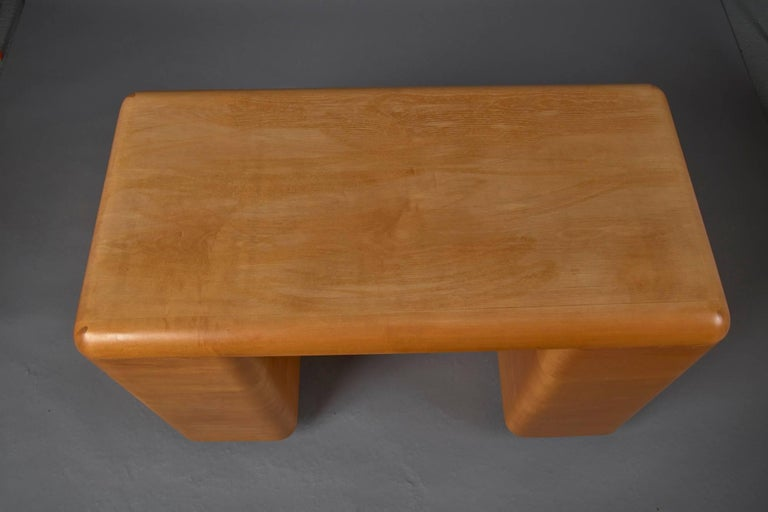 1940s Bentwood Mid-Century Modern Writing Desk by Paul Goldman for Plymold In Good Condition For Sale In Belmont, MA