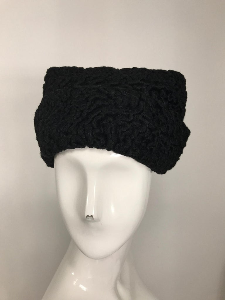 1940s Black Persian Lamb Angled Hat and Muff Purse Vintage For Sale 8