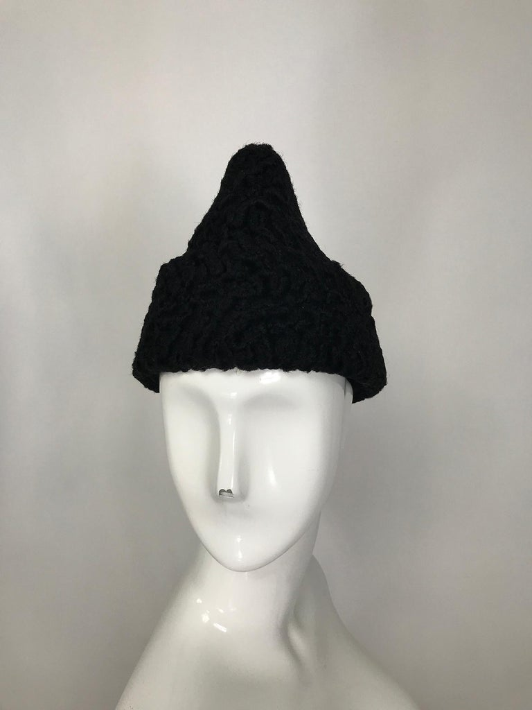1940s Black Persian Lamb Angled Hat and Muff Purse Vintage For Sale 5