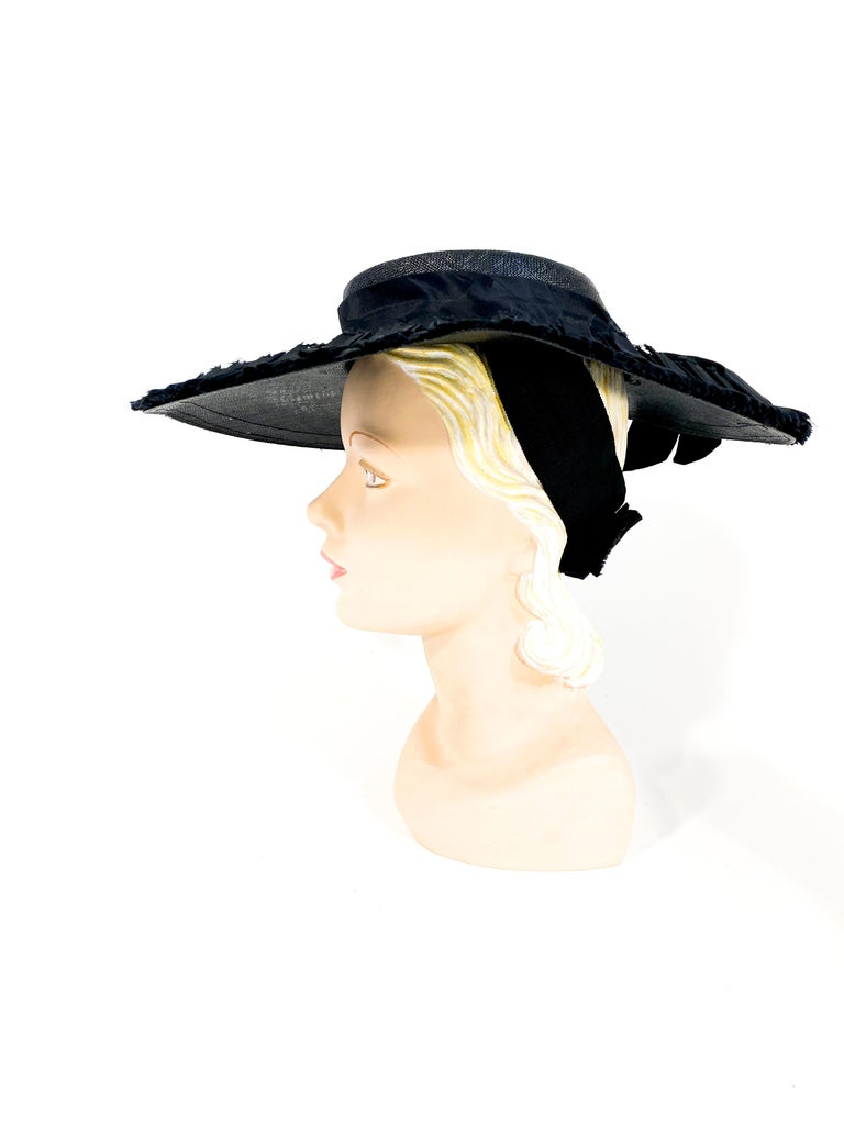 1940s Black Wide-Brimmed Woven Hat For Sale 1