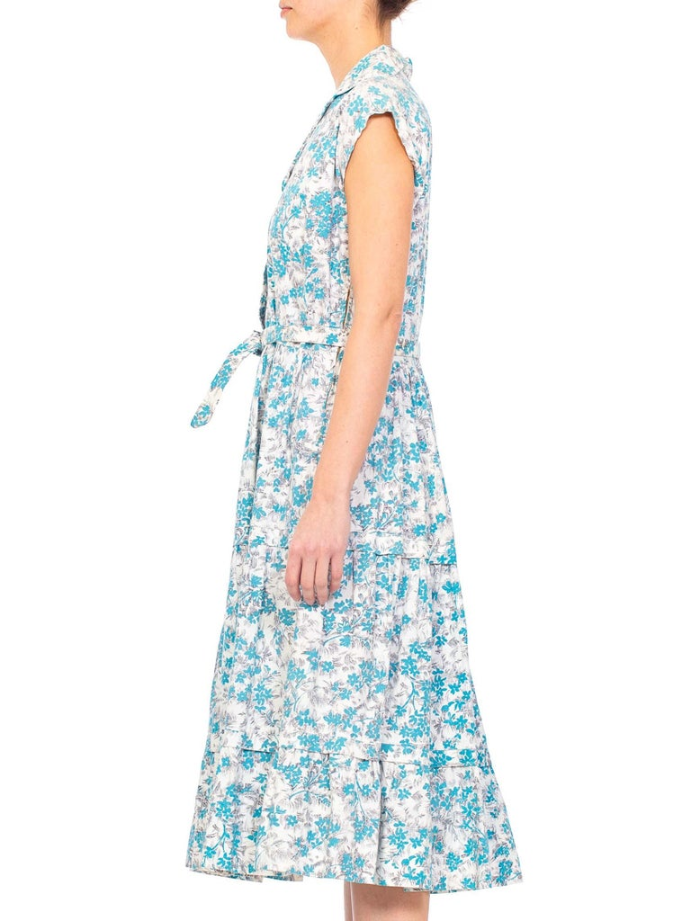 1950S Blue & White Floral Cotton Button Down Day Dress With Belt In Excellent Condition For Sale In New York, NY