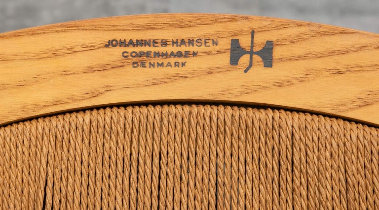1940s Brown Ash and Papercord Peacock Chair by Hans Wegner For Sale 6