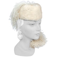1940s Champagne Feathered Perch Hat with Curled Marabou Plume