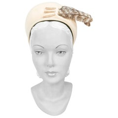 1940s Cream Sculpted Hat with Bird Feather Accents