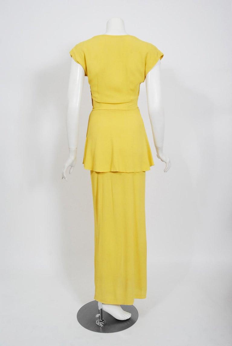 Vintage 1940's De Pinna of New York Lemon Yellow Rayon-Crepe Beaded Peplum Gown For Sale 4