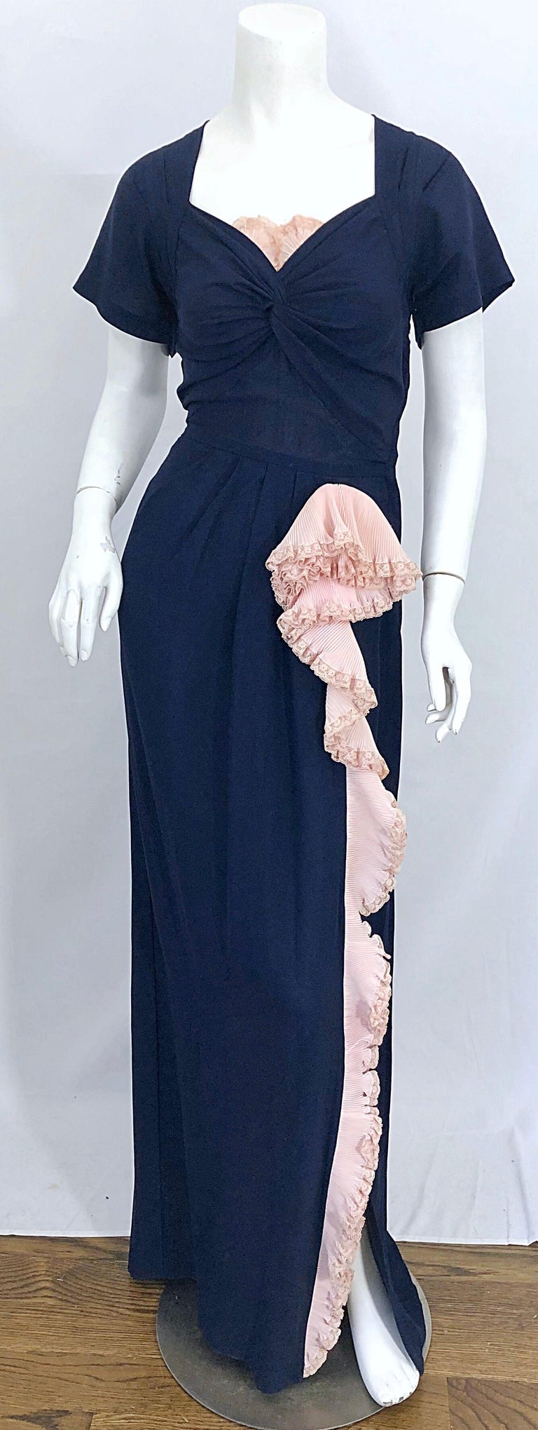 1940s Demi Couture Navy Blue + Pale Pink Short Sleeve 40s Vintage Gown / Dress For Sale 9