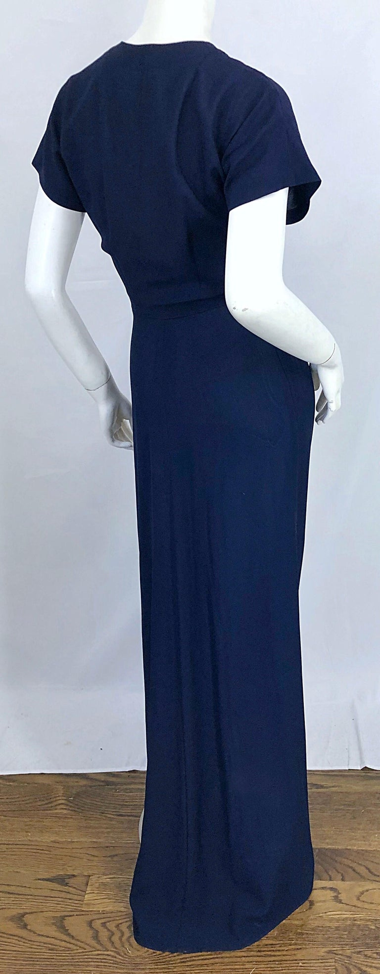 1940s Demi Couture Navy Blue + Pale Pink Short Sleeve 40s Vintage Gown / Dress In Excellent Condition For Sale In Chicago, IL