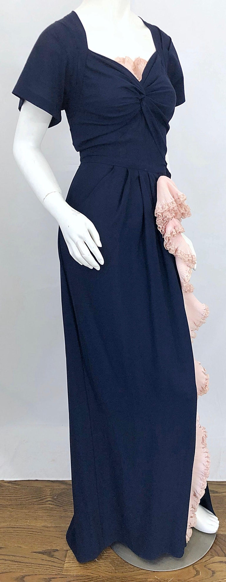 1940s Demi Couture Navy Blue + Pale Pink Short Sleeve 40s Vintage Gown / Dress For Sale 2