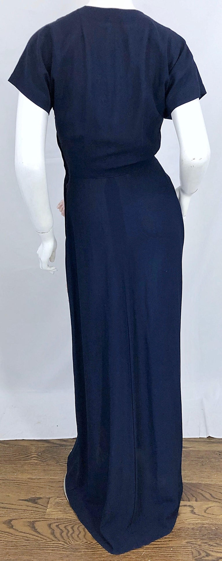 1940s Demi Couture Navy Blue + Pale Pink Short Sleeve 40s Vintage Gown / Dress For Sale 3