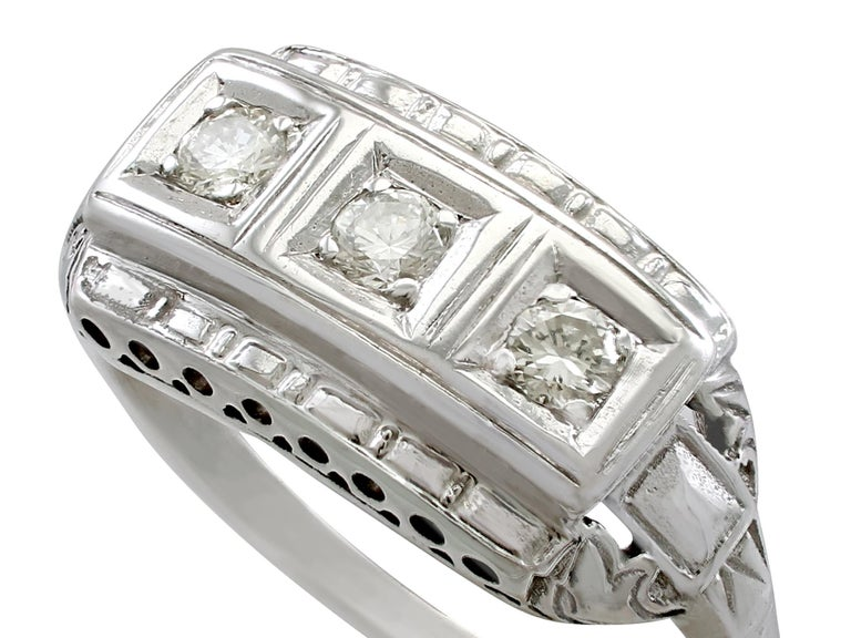 Round Cut 1940s Diamond and White Gold Trilogy Ring, circa 1940 For Sale