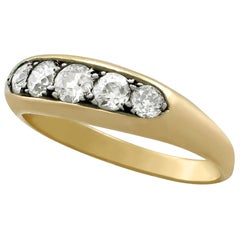 1940s Diamond and Yellow Gold Ring