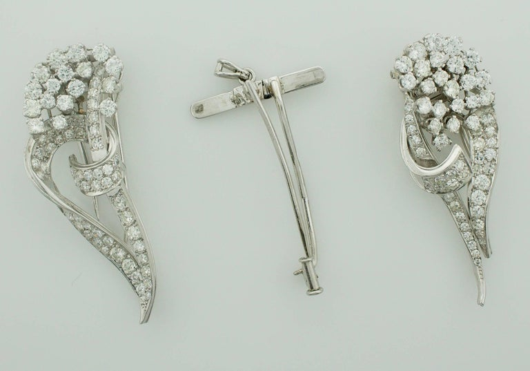 1940s Diamond Brooch Clips and Necklace For Sale 4