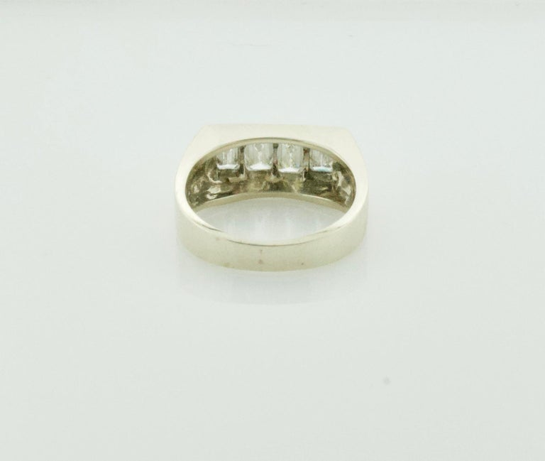 1940s Diamond Ring 1.20 Carat of Emerald Cuts In Excellent Condition For Sale In Wailea, HI