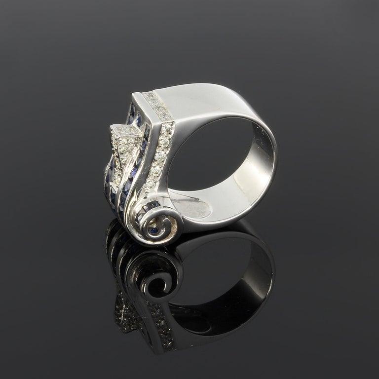 Brilliant Cut 1940s Diamond Sapphire White Gold Ring For Sale