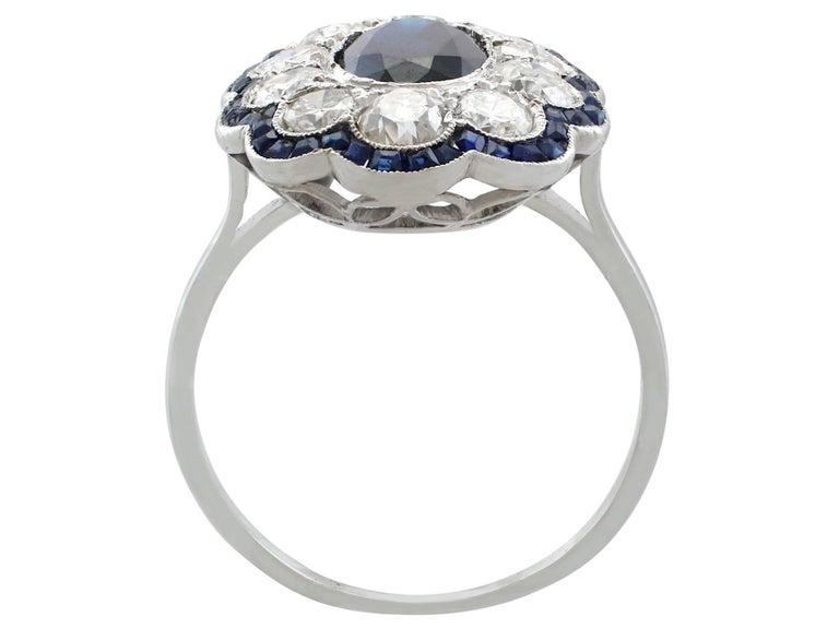 Women's 1940s French 1.66 Carat Sapphire and 1.60 Carat Diamond Platinum Cluster Ring For Sale