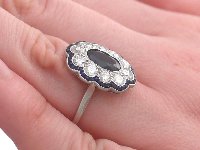 1940s French 1.66 Carat Sapphire and 1.60 Carat Diamond Platinum Cluster Ring For Sale 3