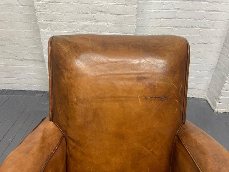 Mid-20th Century 1940s French Art Deco Leather Lounge Chair For Sale