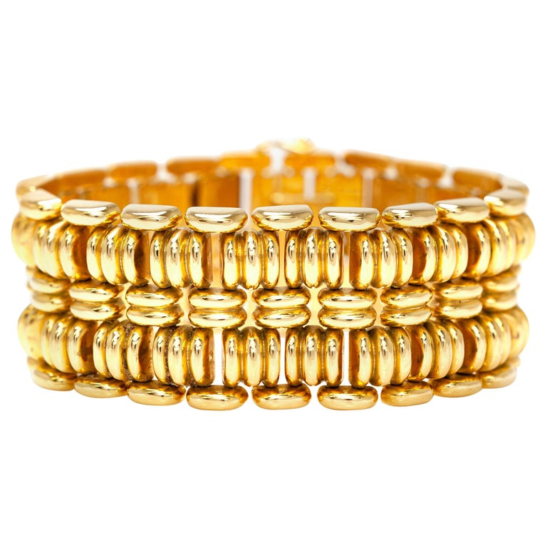 1940s French Gold Bracelet For Sale