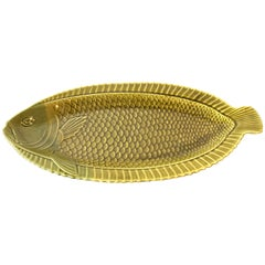 1940s French Green Majolica Fish Platter by Sarreguemines
