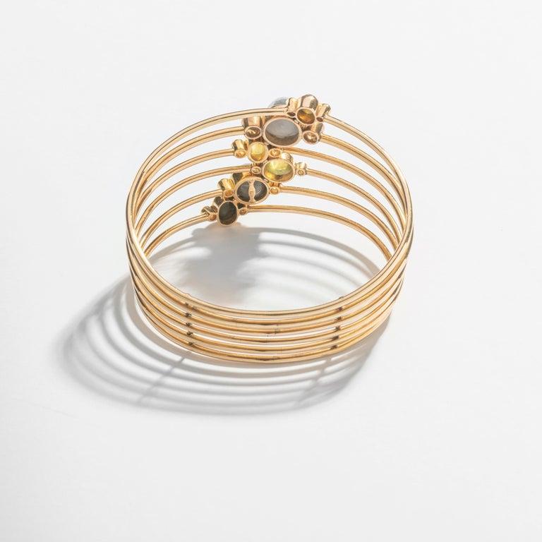 Sugarloaf Cabochon 1940s Gem Set and Diamond Bracelet For Sale