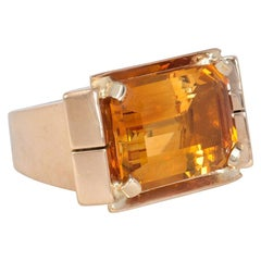 1940s Gold and Rectangular Citrine Cocktail Ring
