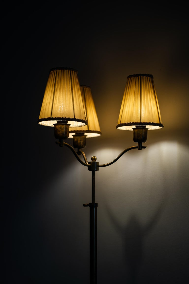 1940s Height Adjustable Floor Lamp in Brass Produced in ...