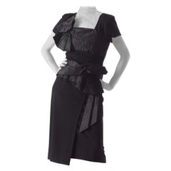 1940S HOWARD GREER Silk Crepe Short Sleeve Cocktail Dress With Taffeta Bands &