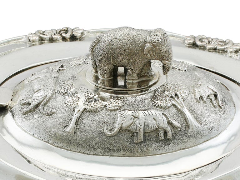 1920s Indian Silver Teapot For Sale 4