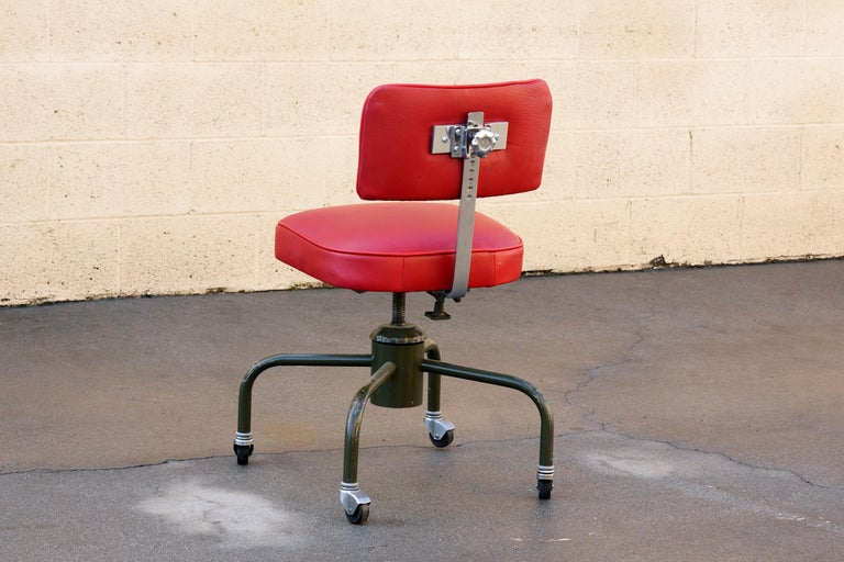 American 1940s Industrial Drafting Stool Refinished in Deerskin Leather For Sale
