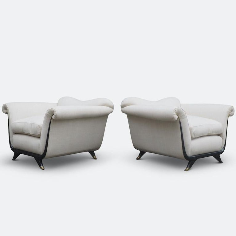 Wood 1940s Italian Armchairs Attributed to Guglielmo Ulrich For Sale