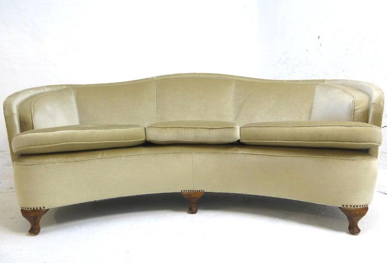 1940s Italian Modern Curved Vintage Design Sofa in Beige Velvet-Velour, 3-Seater 4