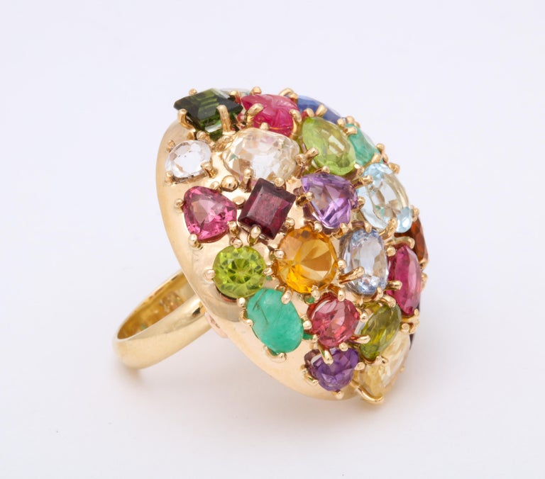 1940s Jumbo Multicolored Stones Satellite Bombe Gold Cocktail Ring For Sale 1