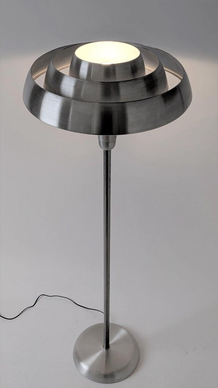 Spun 1940s Kurt Versen 'Saturn' Style Art Deco Aluminum Floor Lamp, USA For Sale