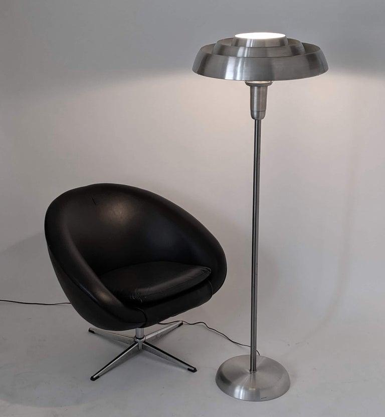 Mid-20th Century 1940s Kurt Versen 'Saturn' Style Art Deco Aluminum Floor Lamp, USA For Sale