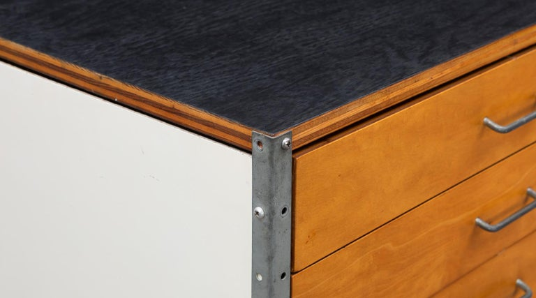 Mid-20th Century 1940s multicolored ESU Shelf by Charles & Ray Eames 'c' For Sale
