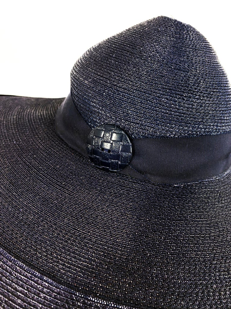1940s Navy Woven Straw Wide-Brimmed Hat For Sale 1