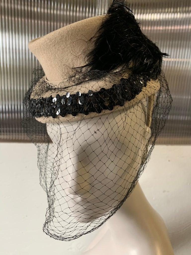 1940s New York Creations Ecru Wool Tilt Top Hat W/ Feathers Sequins & Veil For Sale 5