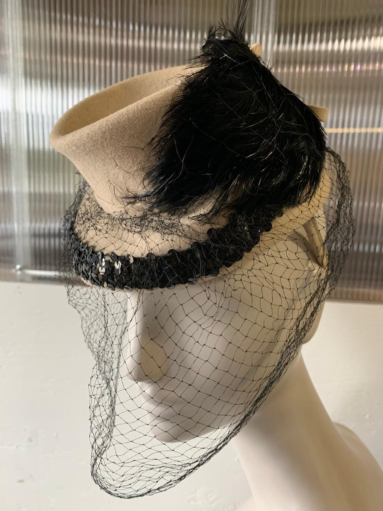 Women's 1940s New York Creations Ecru Wool Tilt Top Hat W/ Feathers Sequins & Veil For Sale
