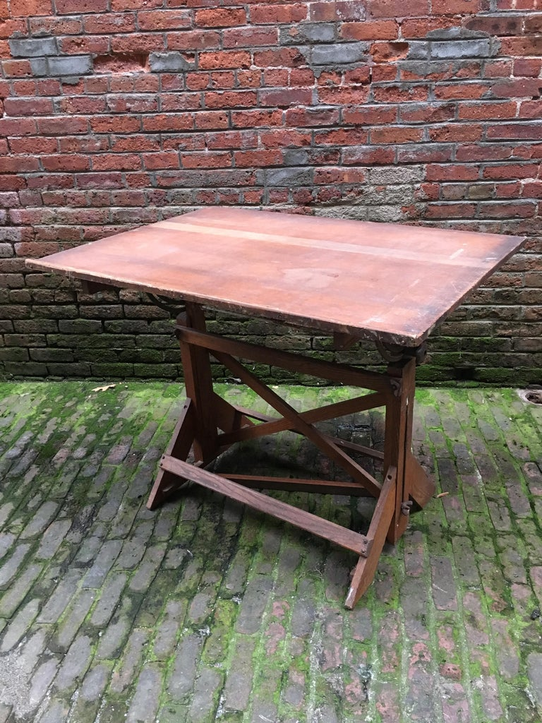 American 1940s Oak and Pine Drafting Table For Sale