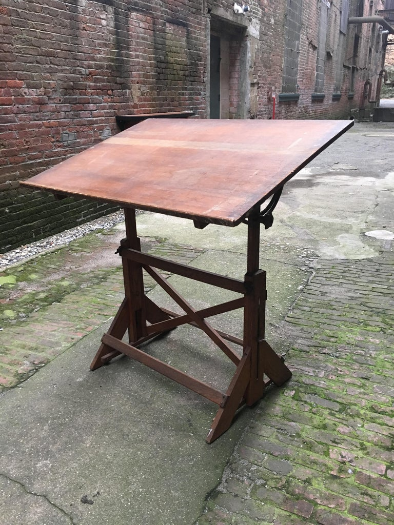 Mid-20th Century 1940s Oak and Pine Drafting Table For Sale