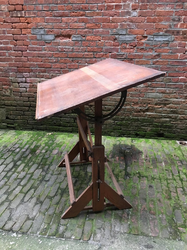 1940s Oak and Pine Drafting Table For Sale 1