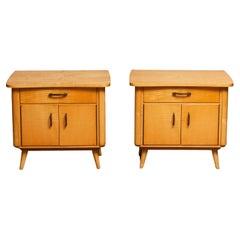 1940s Pair of Scandinavian Nightstands or Bedside Tables in Elm