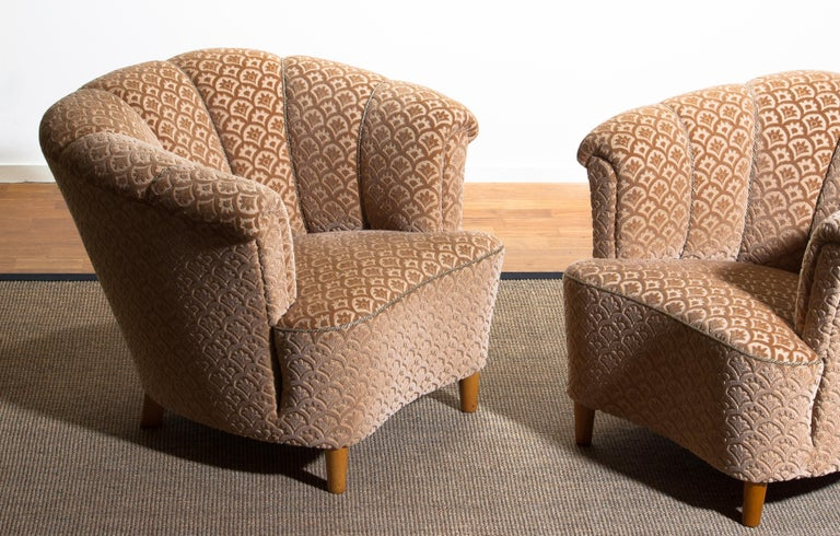 Mid-20th Century 1940s, Pair of Shell Back Club Lounge Cocktail Chairs from Sweden