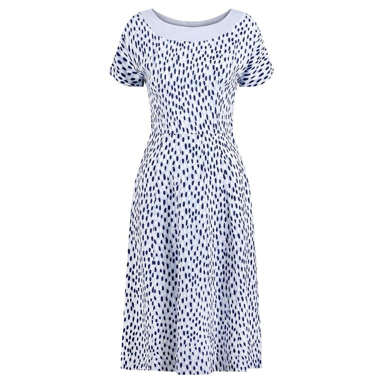 1940s Pale Blue Rayon Dress With Navy And White Pebble Print For Sale