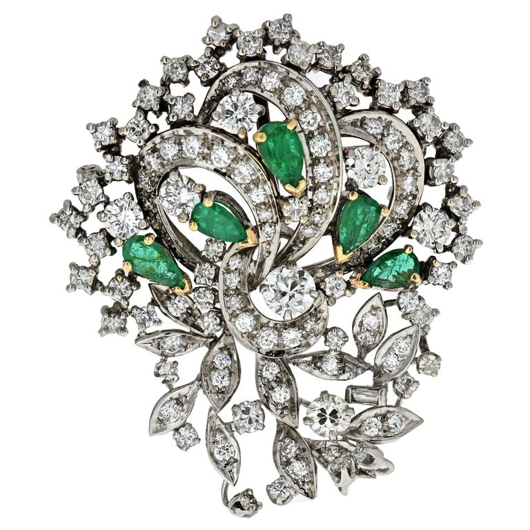 1940s Platinum, Diamond and Green Emerald Brooch For Sale